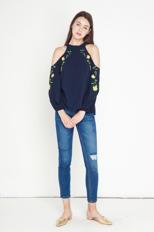 HARA COLD SHOULDER EMBROIDERY TOP NAVY