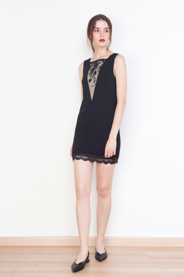 EMMA LACE SHIFT DRESS BLACK