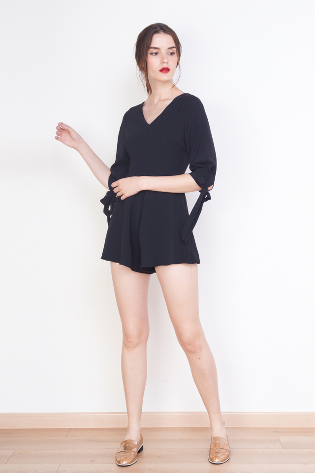 RYLIE RIBBON SLEEVE ROMPER BLACK