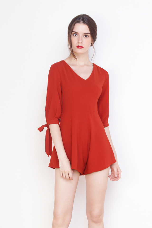 RYLIE RIBBON SLEEVE ROMPER RED