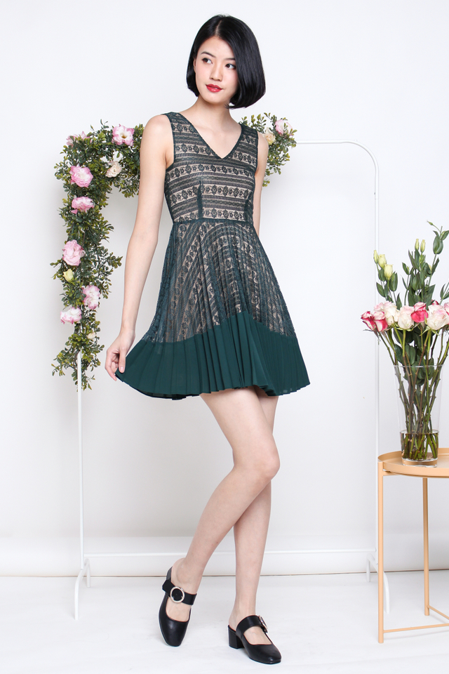 TRICIA LACE PLEAT DRESS FOREST