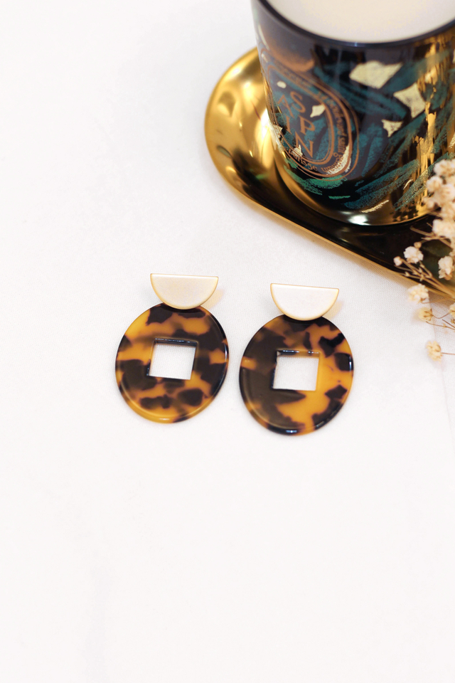 THE SOCIALITE EARRINGS