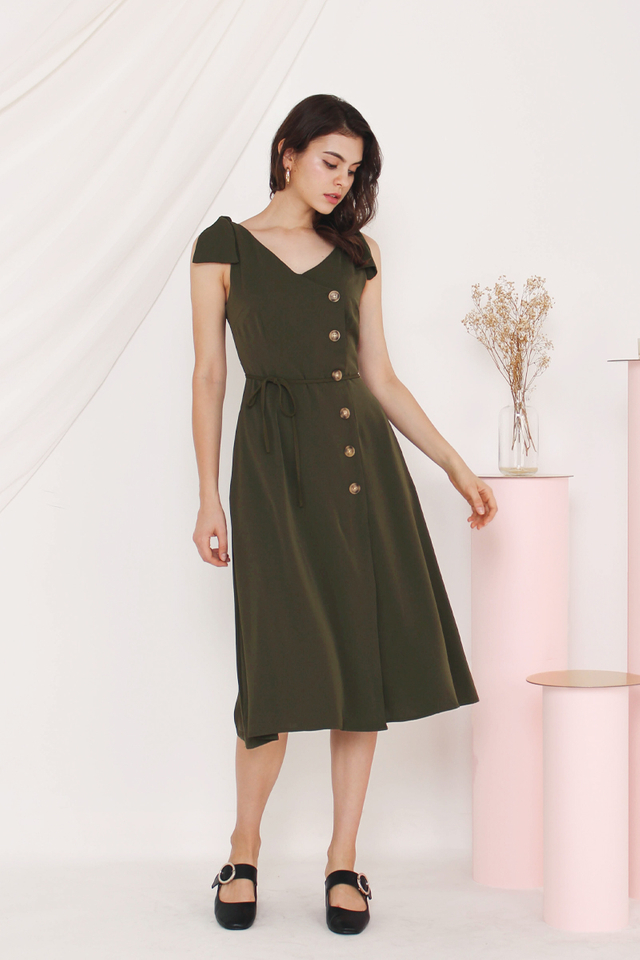 GERRA SIDE BUTTON DRESS OLIVE