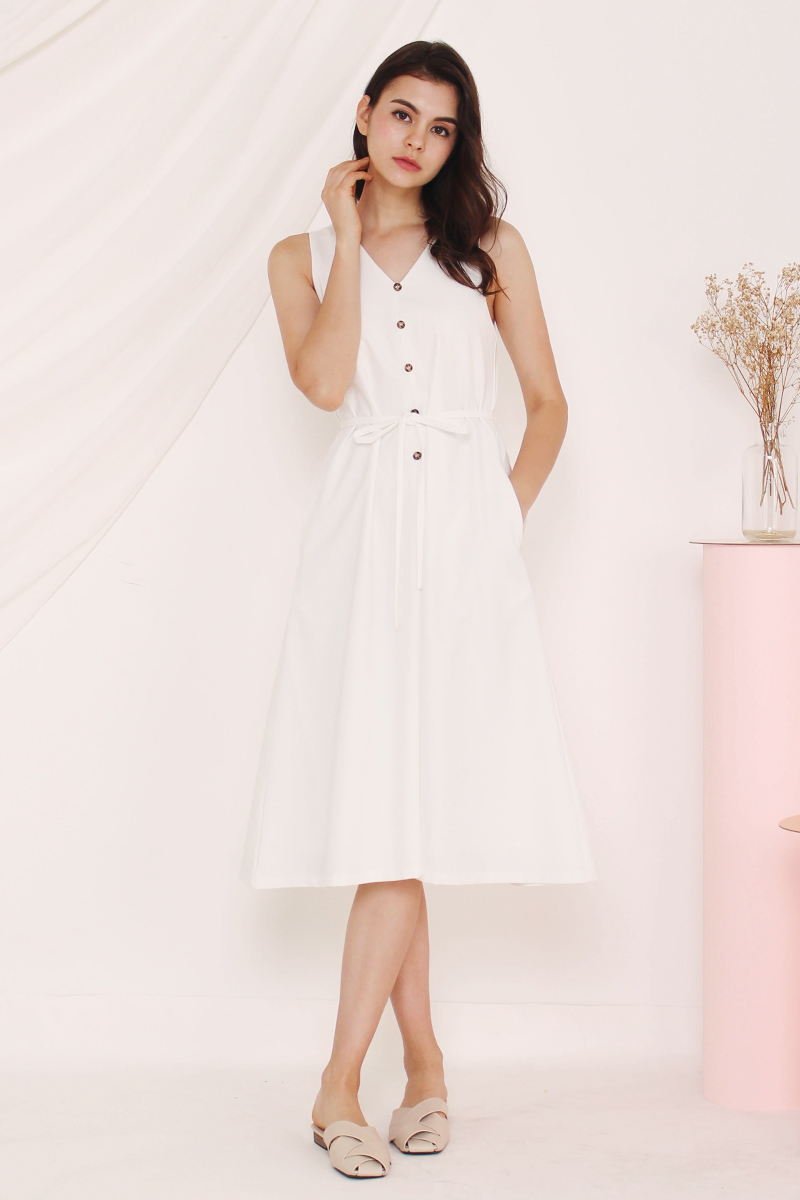 9d96e26ad6b ELLEN V NECK FLARE DRESS WHITE