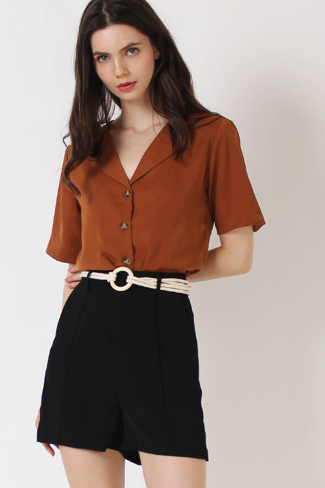 MILA FLAP COLLAR SHIRT MOCHA