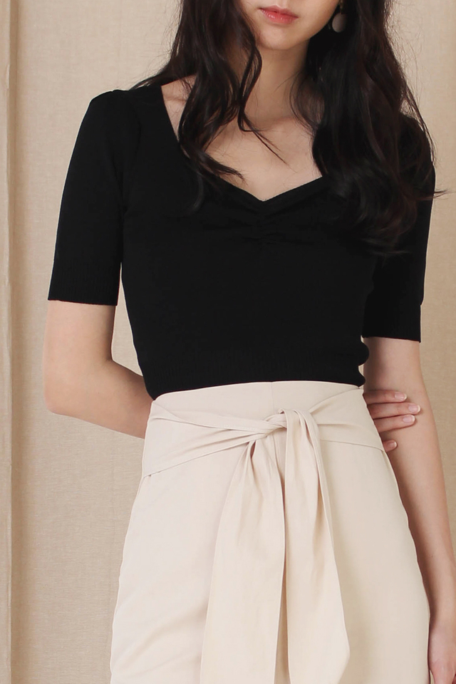CARLY KNIT RUCHED TOP BLACK BACKORDER