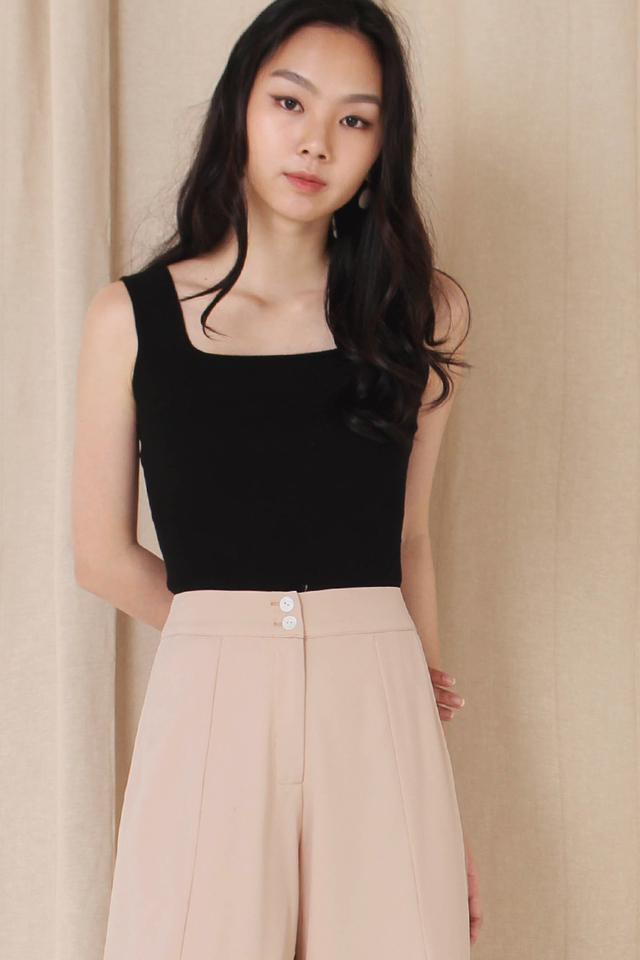HARRIET SQUARE KNIT TOP BLACK (BACKORDER)