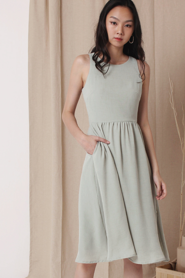 CELESTE SIDE BUTTON DRESS SAGE