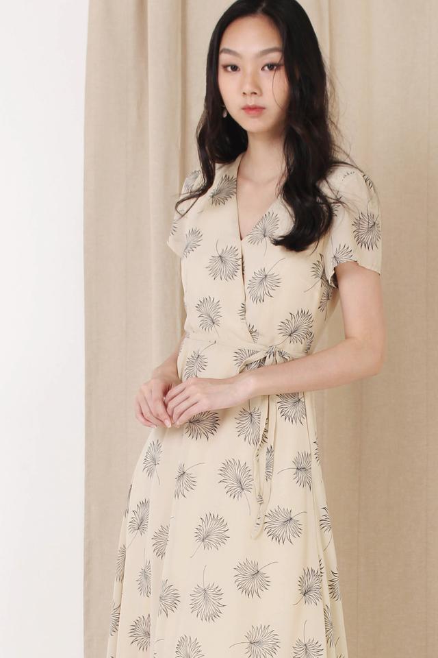 ANNA CAPSLEEVE DRESS NUDE