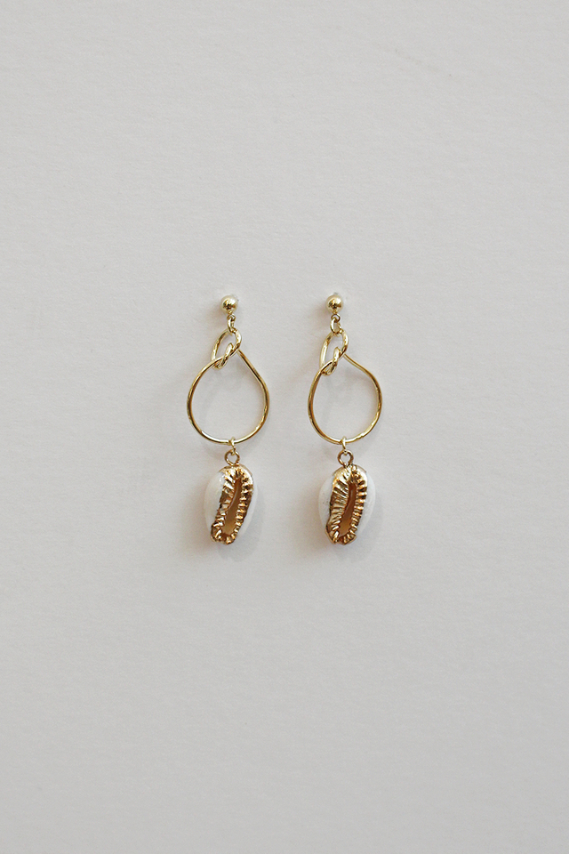 WHITE COWRY SHELL EARRINGS