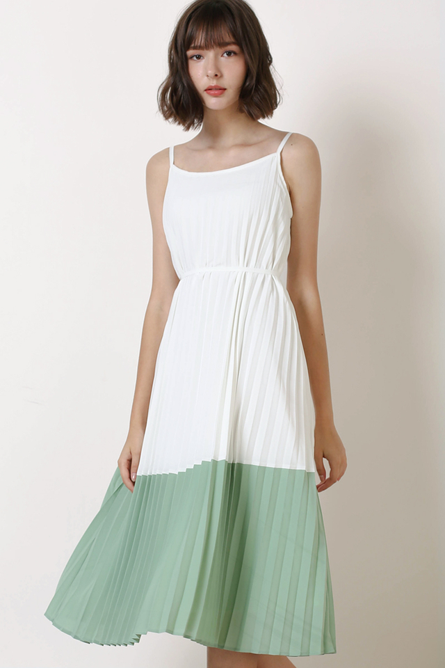 MAE DUO TONE PLEAT DRESS WHITE