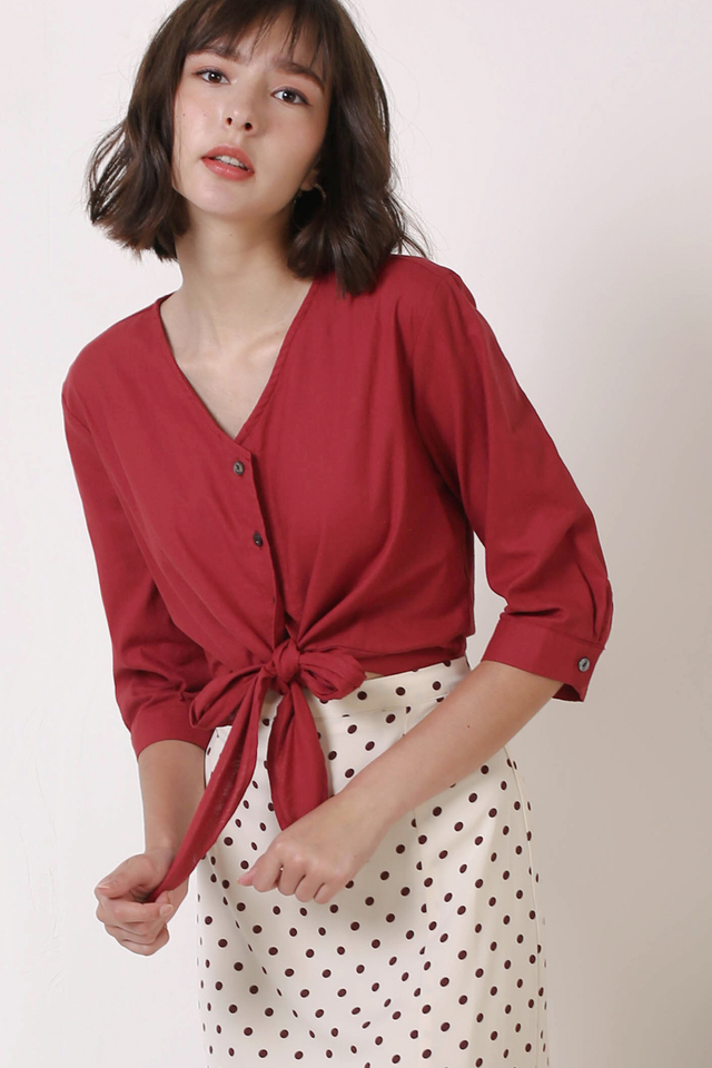 GILLIAN TIE FRONT SHIRT CHERRY