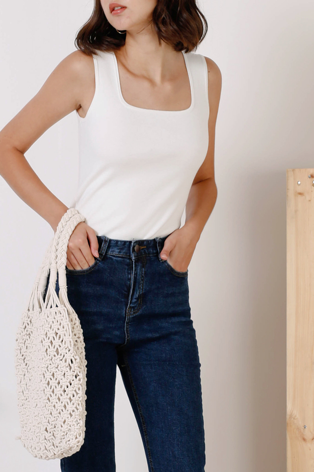 HARRIET SQUARE KNIT TOP WHITE (BACKORDER III)