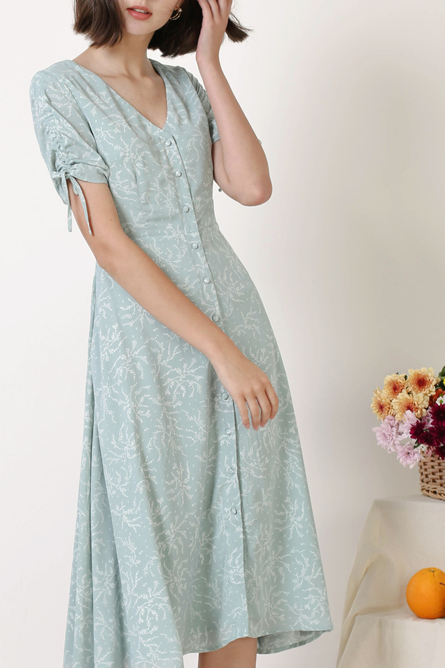 LILITH BUTTONDOWN DRESS SAGE