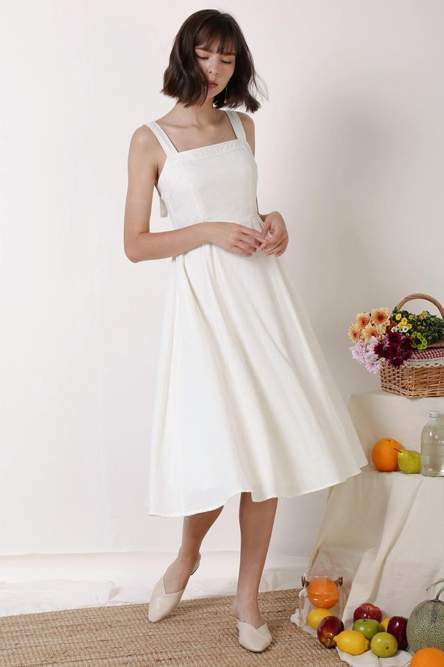 SANDI SIDE BUTTON DRESS WHITE