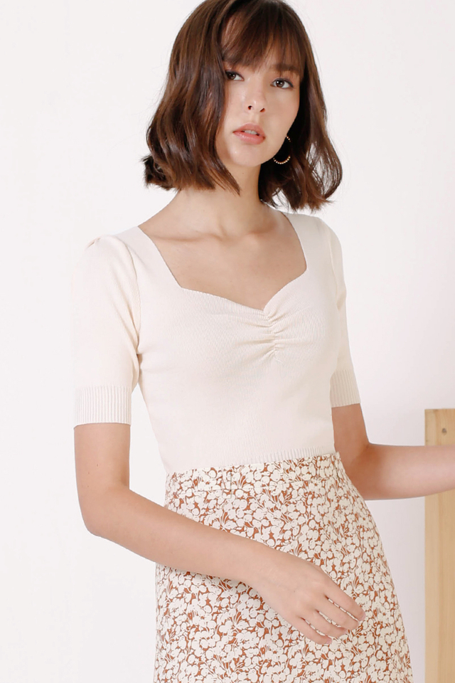 CARLY KNIT RUCHED TOP NUDE (RESTOCK II)