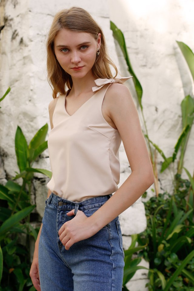 JANEL BOW TOP NUDE