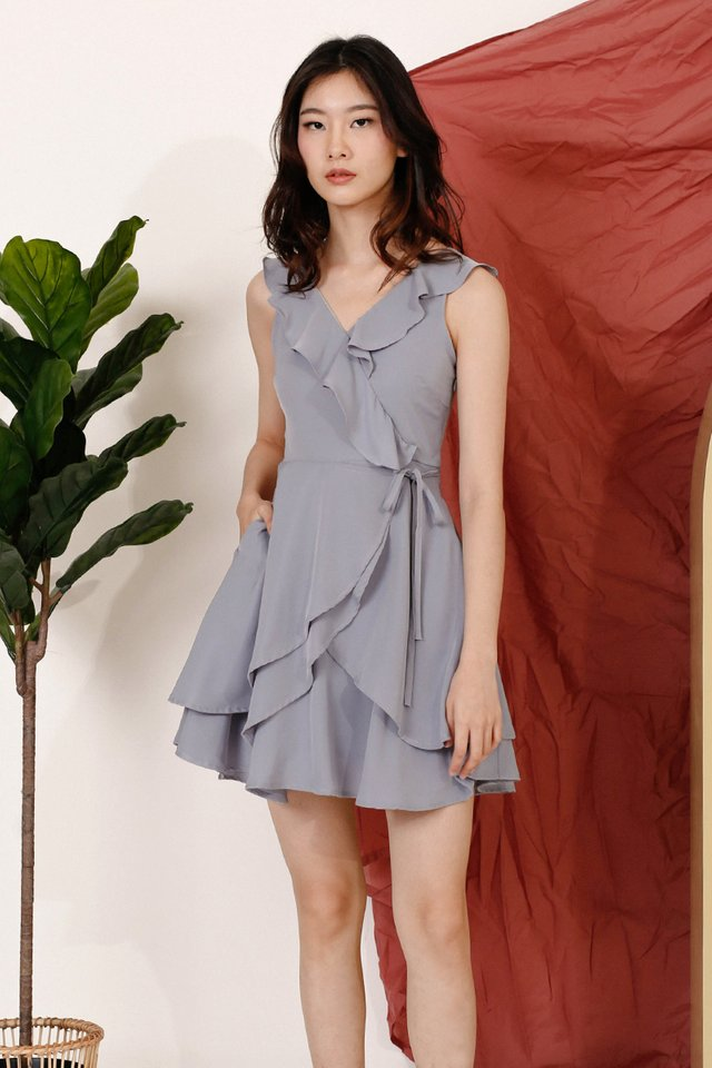 REI RUFFLES NECKLINE DRESS LAVENDER