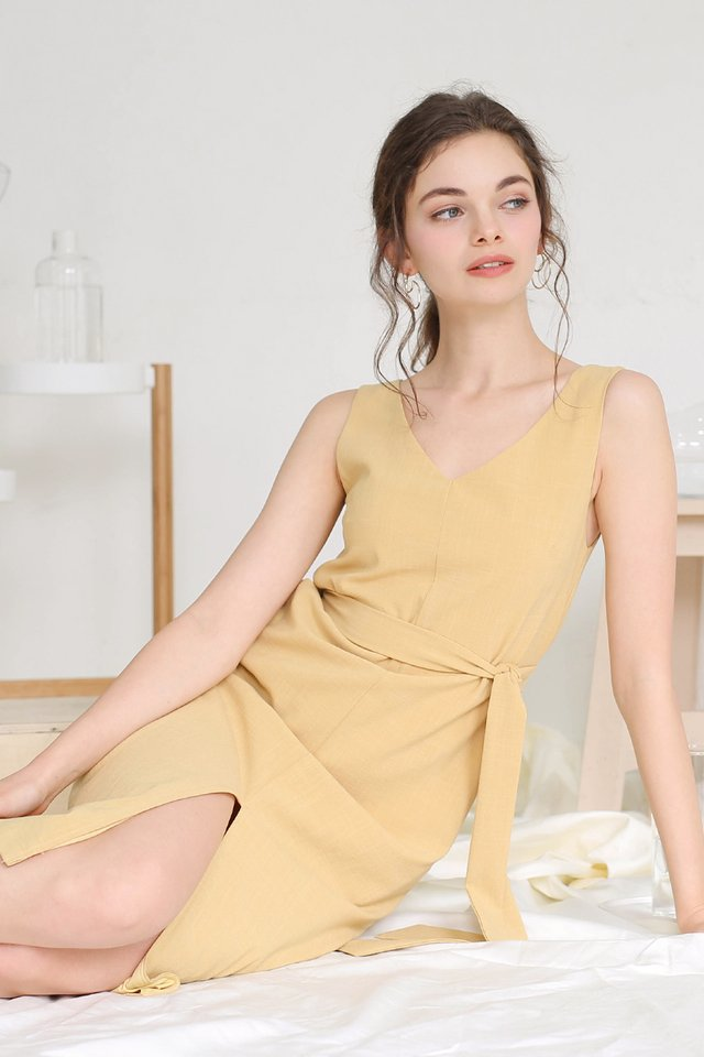 GWEN LINEN SLIT DRESS MARIGOLD