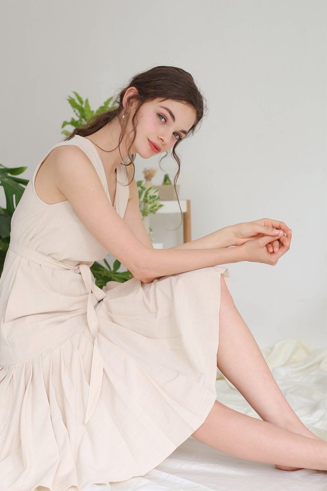 BONITA PLEAT HEM DRESS CASHEW