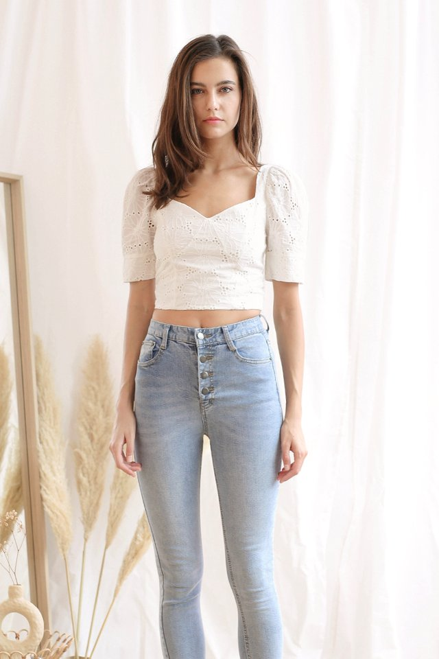 ARIA EYELET CROP TOP