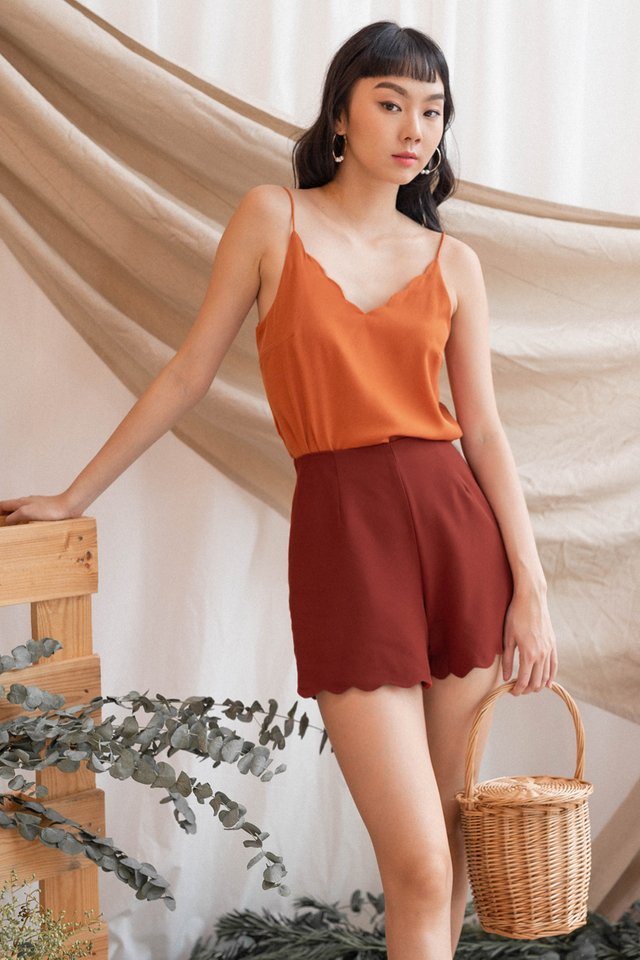 AVERY SCALLOP SHORTS OCHRE
