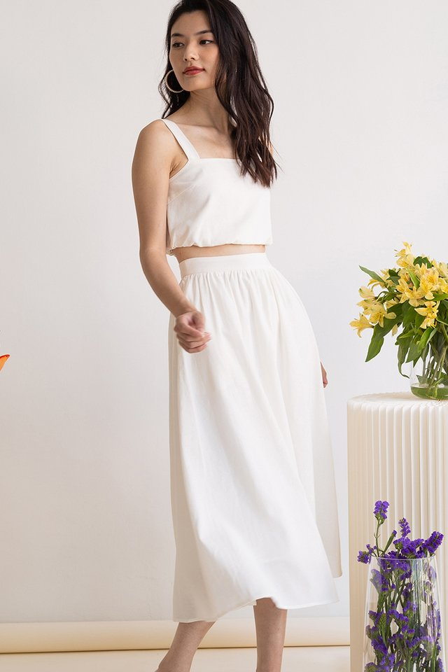 CLOVER LINEN SKIRT WHITE (SIZE XL ONLY)